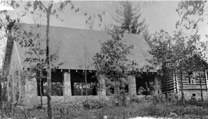 1938 Chapel Side